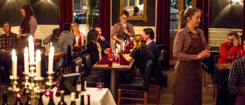 France_Chamonix-Hotel-Gustavia_dining-room.jpg